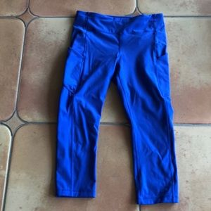 lululemon athletica Pants & Jumpsuits - Lululemon athletica crop leggings